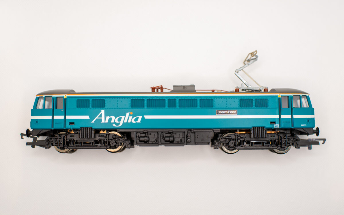 Easy: First DCC Decoder install in a Hornby Anglia Class 86